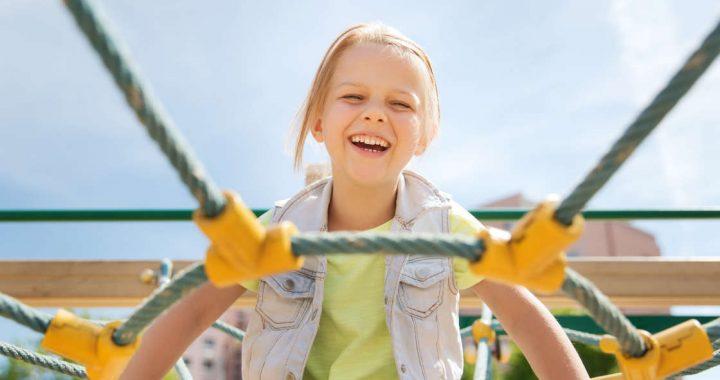 manutenzione giochi per bambini