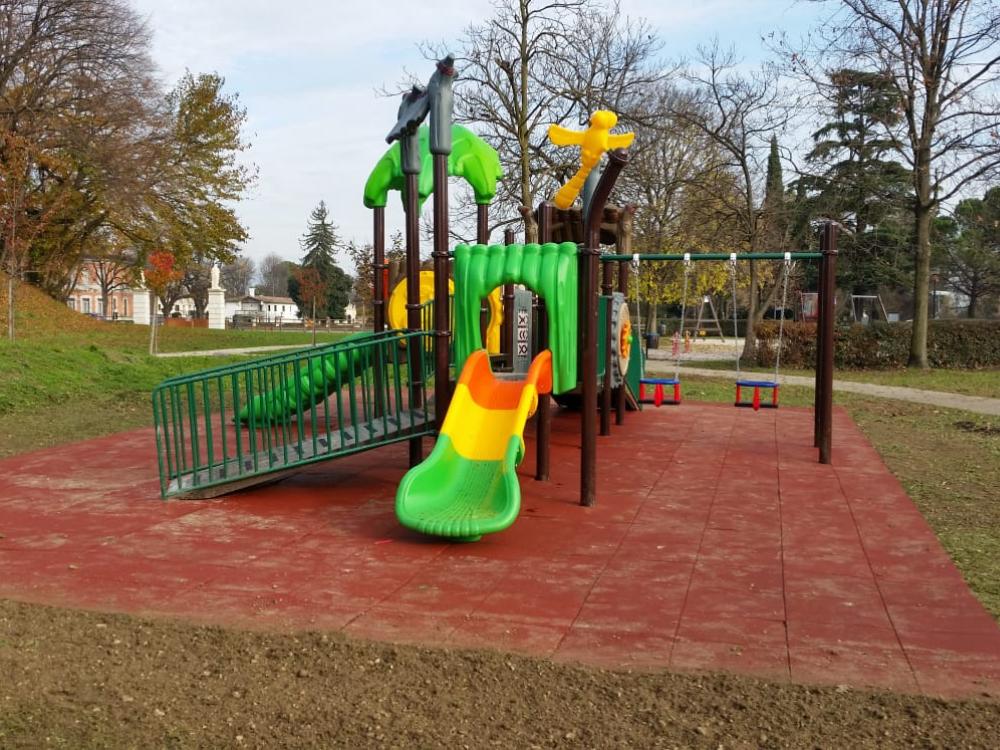 Giochi per parchi inclusivi Cividate