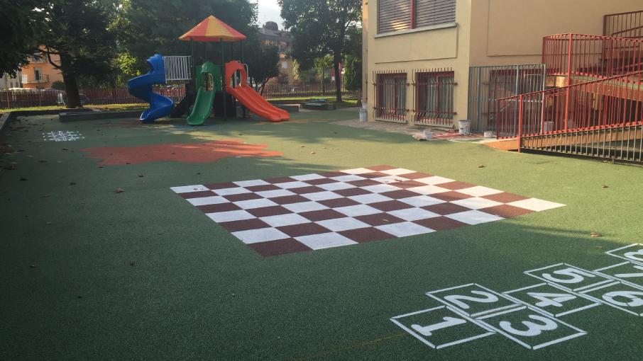 Pavimentazione antitrauma per scuole e asili